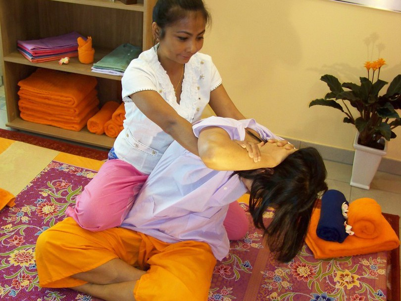 Massage nackt video